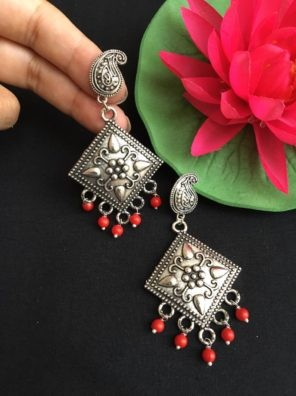 Silver red bead earrings