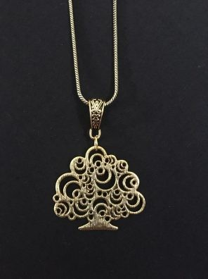 golden pendant set for women