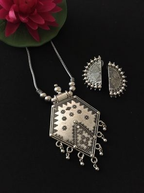 Tribal jewellery online