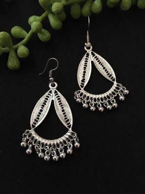 Silver fancy earrings