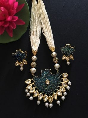 traditional jewellery in India