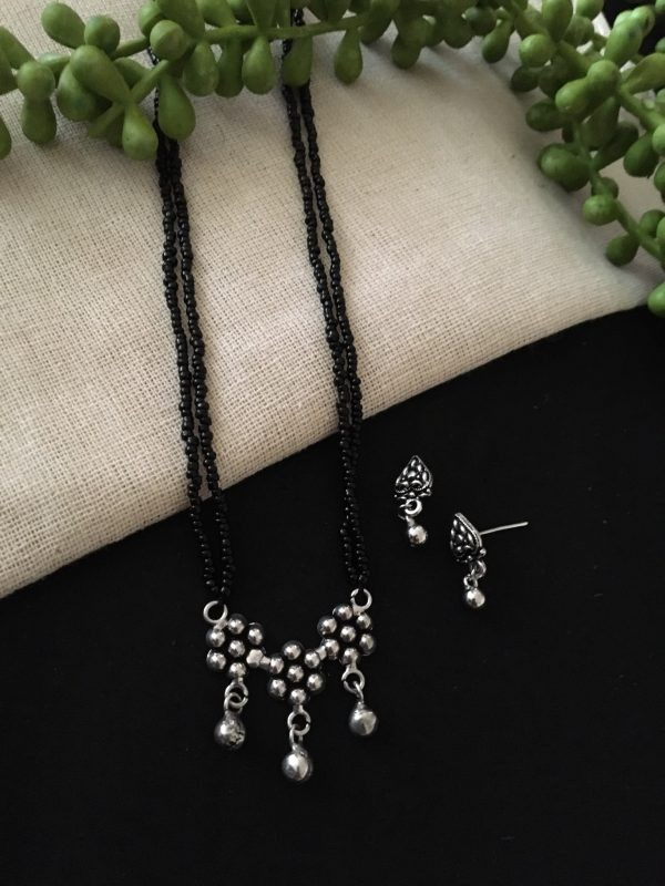 Oxidized mangalsutra for women