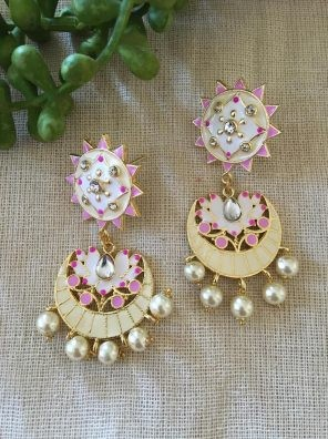 Women's earrings online